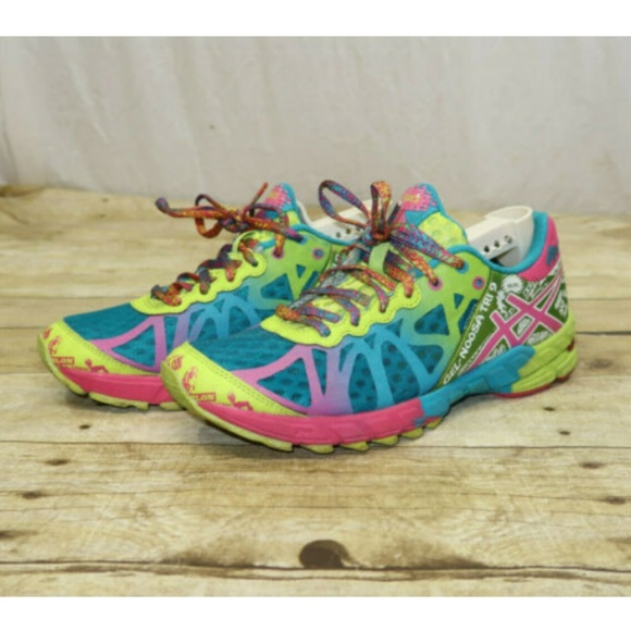 low priced 4eeb6 0f07b ASICS Gel Noosa Tri 9 Women's Size 8 Running Shoes